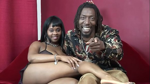 Cock Swallowing Ebony – Swallowing Cum After Hard Sex